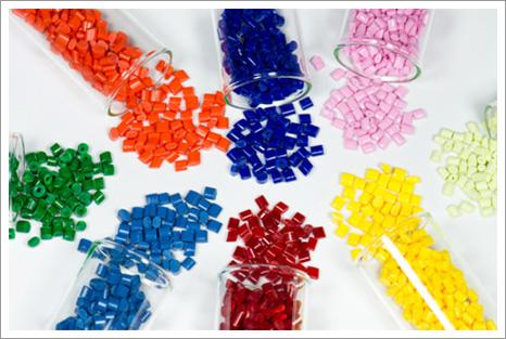 Soluciones químicas para la industria del Plástico